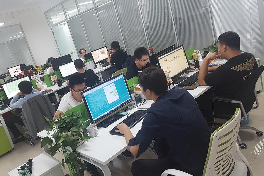 5 小平贷长春公司办公环境.jpg